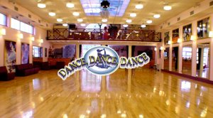 dancedacnedance_sala